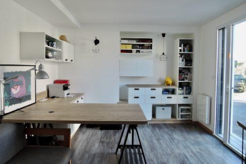 V116-Bureau